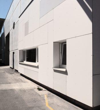 Bild Fassade Werkhalle Evonik